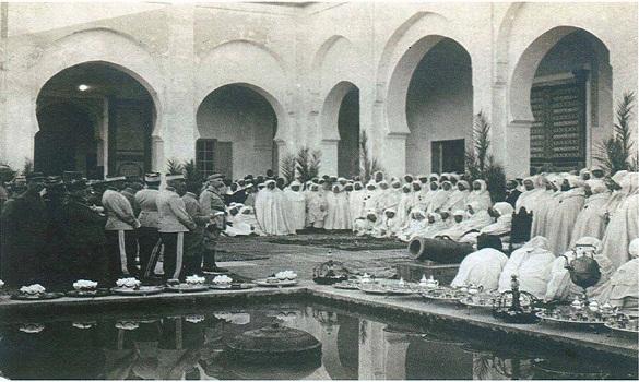 مراسيم توقيع معاهدة الاحتلال بفاس سنة 1912م