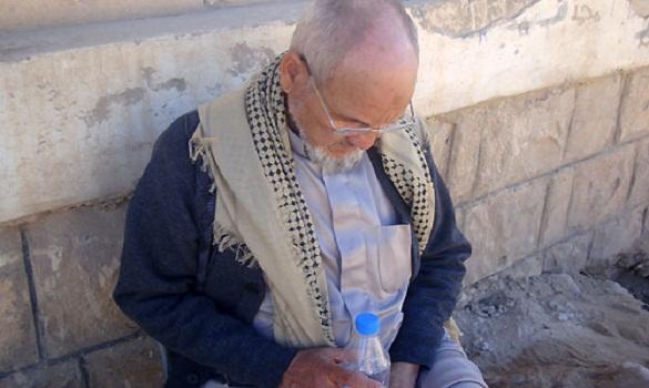 أب مغربي.. من فاس إلى دماج باليمن لإنقاذ ابنته وأولادها من قصف الحوثيين