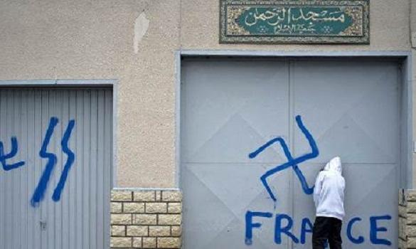 من أعمال المتطرفين ضد المسلمين