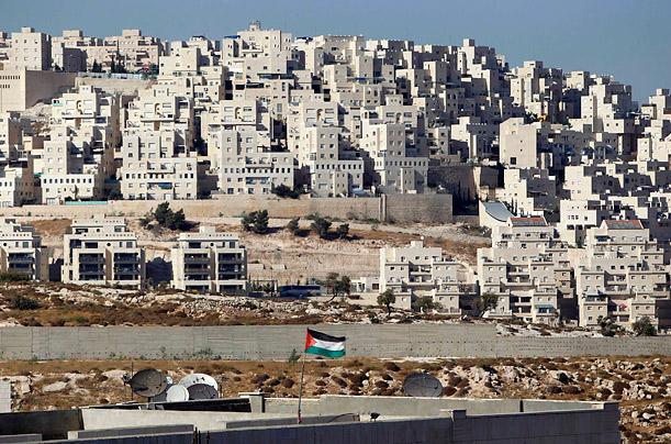 """الجامعة العربية تدين قرار """"إسرائيل"""" بناء 800 وحدة استيطانية بالقدس"""