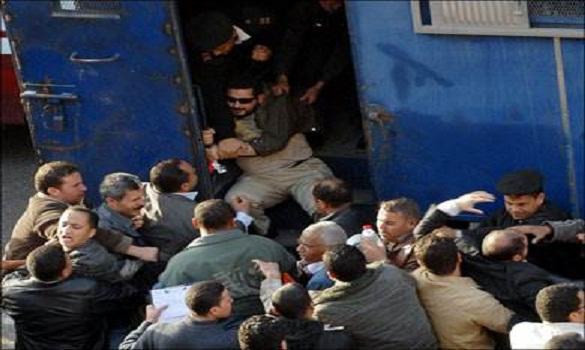 احتشد الآلاف من مؤيدي الشرعية أمام مجموعة من مساجد مدن مصر، كما نظمت مجموعة كبيرة من المسيرات في مدنها ومحافظاتها في مليونية