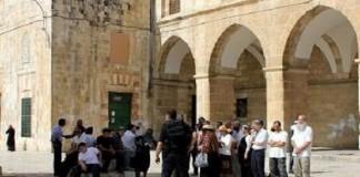 قوات الاحتلال الصهيوني تقتحم المسجد الأقصى ليلة أمس