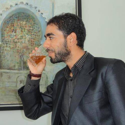 الصحفي مصطفى الحسناوي يخرج من «الكاشو» بعد أسبوعين داخله