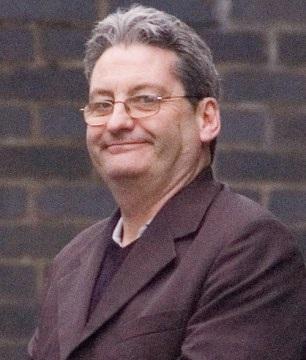 20 سنة سجنا نافذا للانجليزي «روبرت» المتهم بمحاولة هتك عرض 3 قاصرات