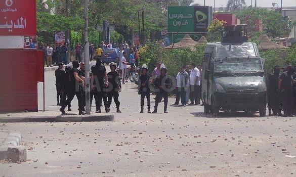 قتيلتان وعشرات الجرحى بتفريق مظاهرات بمصر