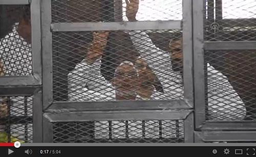 """9 من """"شيوخ"""" الإخوان ينتظرون مصير عاكف.. كيف يتم إنقاذهم؟"""
