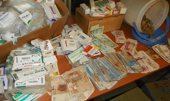 أمن وجدة يفكك عصابة للإتجار الدولي في المخدرات والأقراص المهلوسة