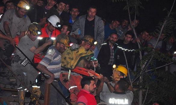 أكثر من 200 قتيل وآمال ضئيلة في العثور على ناجين في انفجار منجم بتركيا