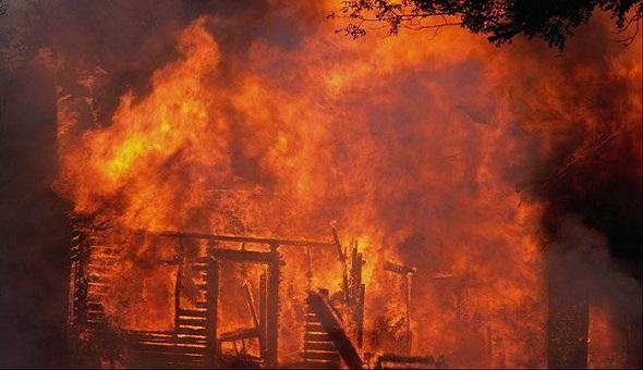 حريق بوحدة صناعية لإنتاج الصباغة قرب مكناس يخلف خسائر مادية