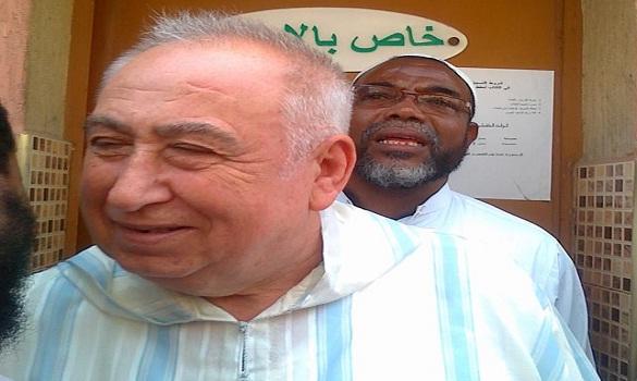 مسن إيطالي يشهر إسلامه بمسجد الرحمن بمدينة سلا بعد خطبة الجمعة
