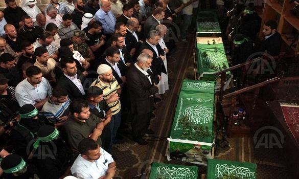 كتائب القسام تشيّع 5 من عناصرها قتلوا في نفق بغزة