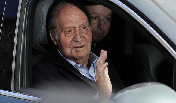 الملك خوان كارلوس الإسباني يتنحى عن العرش لفائدة ولي عهده الأمير فيليبي