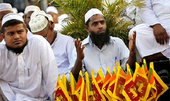 سريلانكا تحظر جماعتين إسلاميتين على خلفية التفجيرات