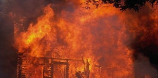 السيطرة على حريق شب بسوق شعبي بمراكش دون وقوع ضحايا