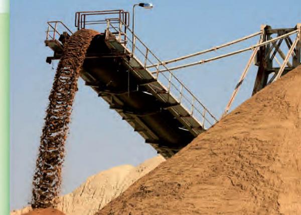 انخفاض صادرات الفوسفاط بـ12,1% خلال النصف الأول من 2014