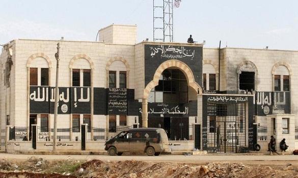 قصف جوي أمريكي لمواقع «داعش» في الرقة ومنعهم من السيطرة على سدّ حديثة