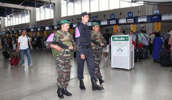 أمن مطار محمد الخامس يلقي القبض على جزائري مبحوث عنه دوليا بتهم بتمويل الإرهاب