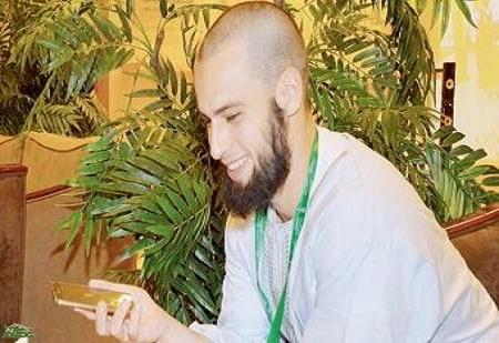 سر المكالمة التي غيرت رحلة الفرنسي حمزة من باريس إلى مكة