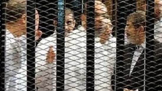 توقعات بسحب الجنسية المصرية عن مرسي وقيادات «الإخوان»