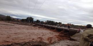 آيت أورير مهددة بالعزلة بعد سقوط القنطرة المتبقية فوق واد الزات