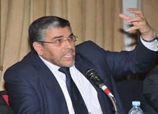 أستاذ عزل من عمله بطاطا يتقدم بشكاية إلى وزير العدل والحريات مصطفى الرميد