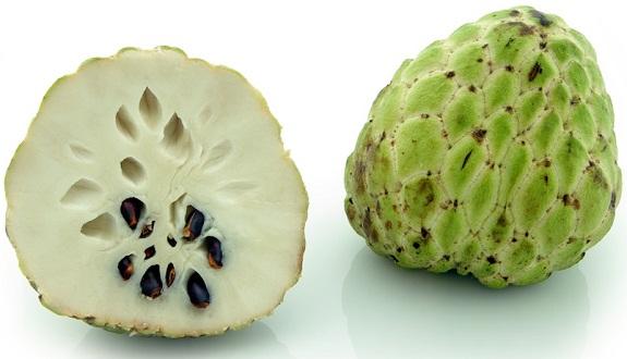القشطة.. الفاكهة التي تقتل السرطان أقوى 10000 مرة من العلاجات الكيميائية