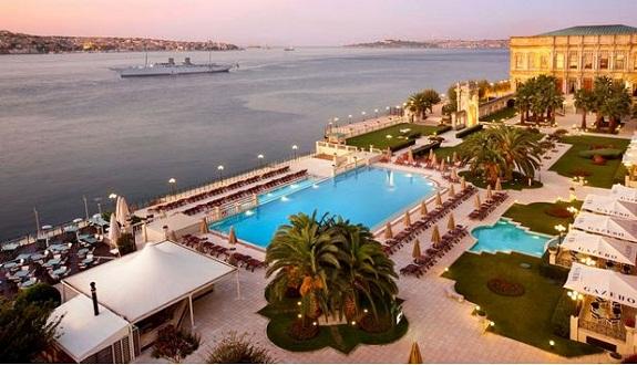 الملك محمد السادس يقيم في قصر شيراجان التاريخي بإسطنبول خلال زيارته الخاصة