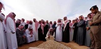 قبر ملك السعودية الراحل عبد الله بن عبد العزيز