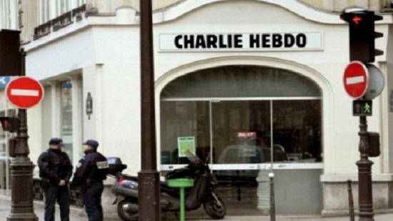 كيف استغل إمبراطور الإعلام اليهودي هجوم باريس ضد المسلمين؟
