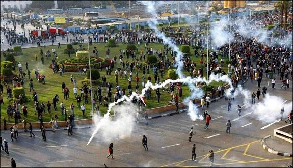في ذكرى ثورة يناير.. مقتل 20 متظاهرًا وإصابة 168 واعتقال 221