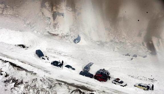 عشرات القتلى في اهيار ثلجي بإيطاليا