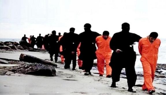 «فوكس نيوز» تفضح حقيقة فيديو ذبح أقباط مصريين بليبيا