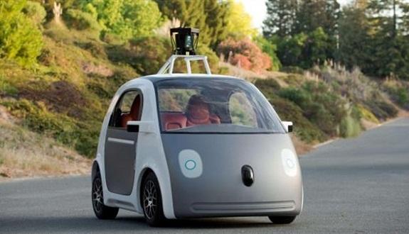 لأول مرة.. «غوغل» تجرب سيارتها ذاتية القيادة في طرق عامة
