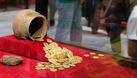 اعتقال عصابة كنوز تزوّر الذهب بقلعة السراغنة