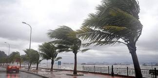 أمطار عاصفية مصحوبة أحيانا بسقوط البرد في عدة مناطق من المملكة
