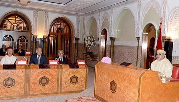 الملك يترأس مجلسا للوزراء بمدينة الدار البيضاء.. الانتخابات والجهات والحموشي