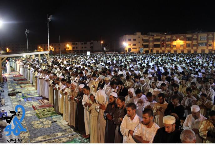 إمام سعودي يختم القرآن في ثالث يوم لصلاة التراويح