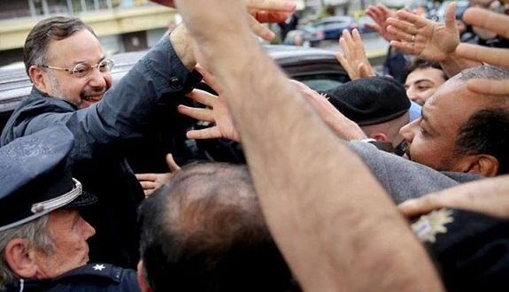أحمد منصور يكشف كواليس احتجازه بألمانيا والإفراج عنه