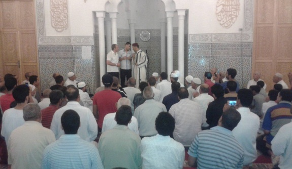 صور إسلام خمسيني إيطالي بمسجد الفردوس بالبرنوصي الدار البيضاء