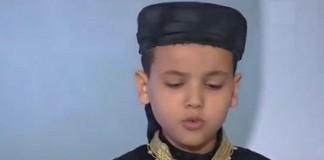 بالفيديو: قصة حمزة الطفل الذي يحفظ القرآن وكان سببا في امتلاك والديه مسكنا جديدا