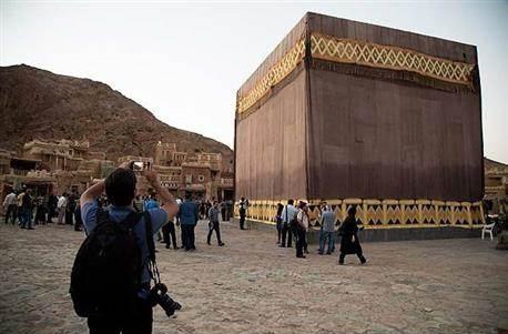 إيران تتحدى المسلمين وتعرض فيلم «محمد رسول الله» المثير للجدل
