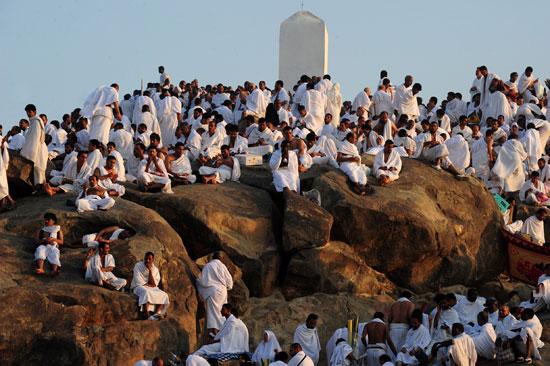 حاج يمني يعفو عن قاتل ابنه على صعيد عرفات