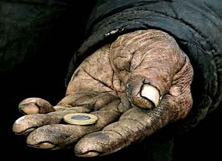 العثماني: الحكومة جعلت محاربة الفقر والإقصاء الاجتماعي في صميم سياستها