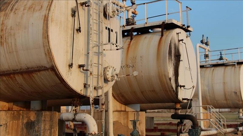 أسير من داعش: أمراؤنا يبيعون النفط للنظام السوري