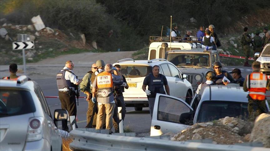 الجيش الصهيوني يطلق النار على فلسطيني بعد اتهامه بدهس 6 جنود