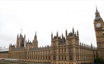 زيادة الحوادث المعادية للمسلمين بنسبة 300% في بريطانيا