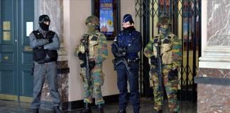 الشرطة الفرنسية تنشر صورا للمهاجم الثالث الذي نفذ تفجيرات باريس