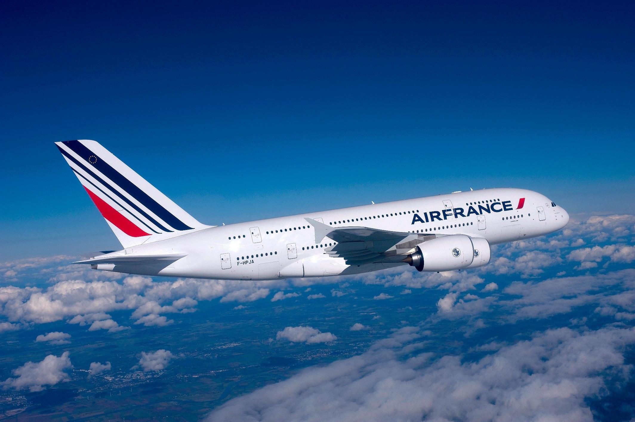 الخطوط الجوية الفرنسية تلغي ربع رحلاتها بسبب الإضراب