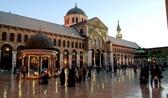 لأول مرة.. حملات «لطم وبكاء» في المسجد الأموي بدمشق