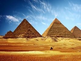 هاشتاغ مصريين: «لم_عيالك_يا_مغرب» ردا على زيارة وفد مغربي لدعم السياحة بمصر